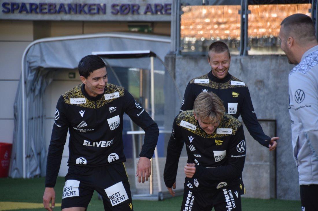 Luc Mares, Ask Tjærandsen-Skau, Henrik Robstad trening.JPG