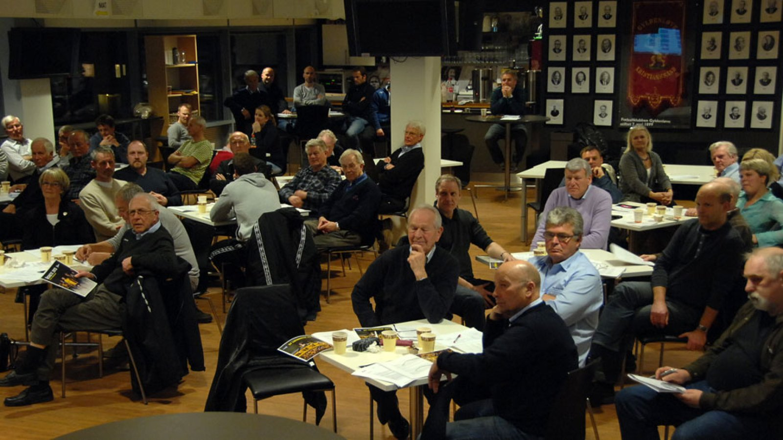 Årsmøte IK Start 2013 salen