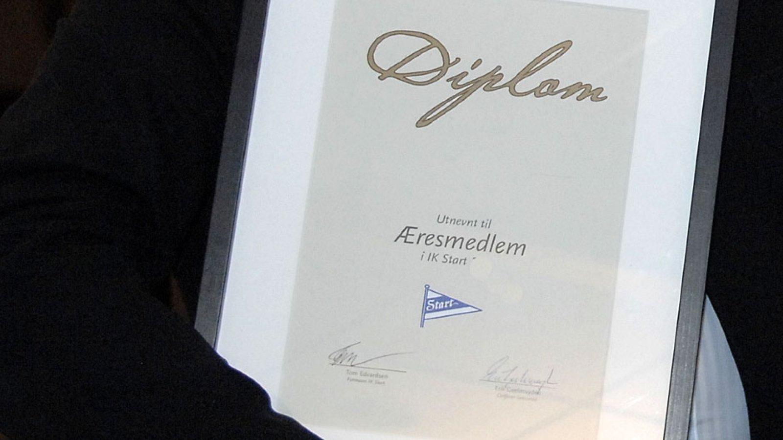Diplom æresmedlem